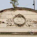 <strong>Будинок на Руській у Тернополі, на фасаді якого проростає дерево</strong>