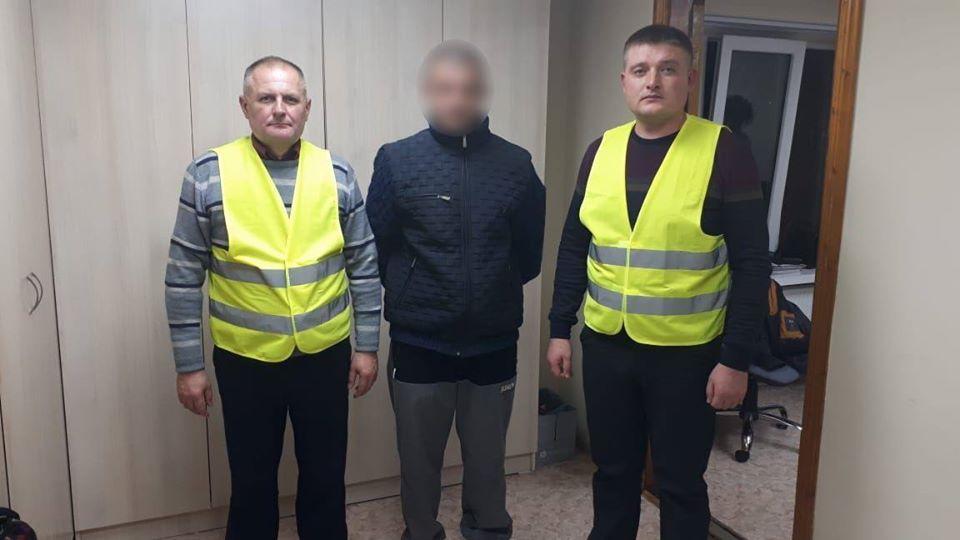 """Результат пошуку зображень за запитом На Тернопільщині виявили незаконного мігранта без жодних документів"""""""