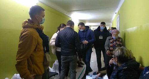 Розірвані бюлетені, перерви у процедурі голосування, недопуск спостерігача на ДВК: день голосування на Тернопільщині