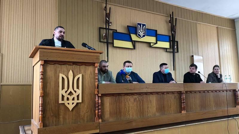 Депутат Тернопільської райради «потролив» Президента, а колеги підтримали