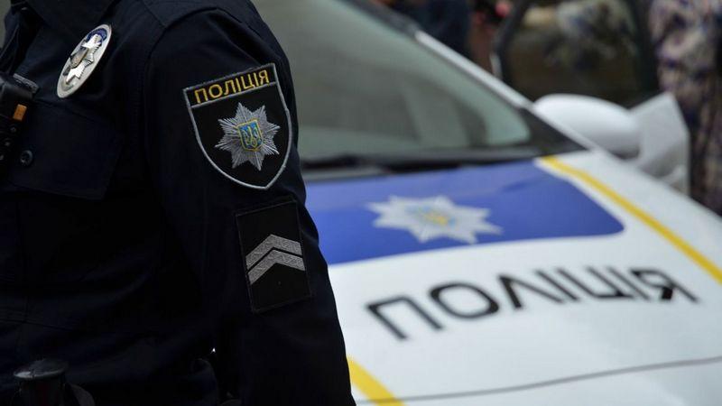 Тікав з карети швидкої: під Тернополем затримали чоловіка, який 7 років був у розшуку за вбивство у Києві